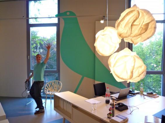 bird elephant vitrastore minimum bigplot wandgrafik. Black Bedroom Furniture Sets. Home Design Ideas